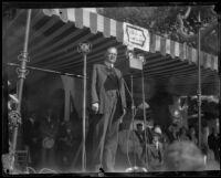 Herbert Hoover addresses crowd at Bixby Park, Long Beach, 1928
