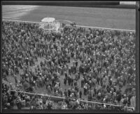 Crowd at Santa Anita Race Track, Arcadia, between 1934 and 1939