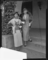 Actresses Rochelle Hudson and Pat Paterson at fashion show and tea for Assistance Leaguers, Los Angeles, 1935