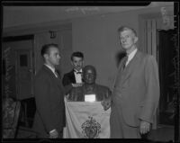 Dean Rockwell Hunt, Henry Lion and Granville Ashcraft, with the bust of William Bowen, Los Angeles, 1936
