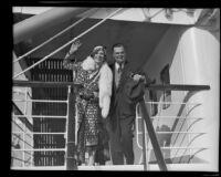 David Hutton and Aimee Semple McPherson return from their honeymoon, Los Angeles, circa 1932