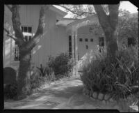 Main entrance to the William Conselman Residence, Eagle Rock, 1930-1939