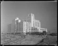 Sears, Roebuck & Company Mail Order Building, between 1927-1936, Los Angeles