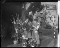 Flower mart on street corner, Los Angeles, 1938