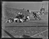 Jack Banta scores first touchdown against UCLA Bruins, Los Angeles, 1938