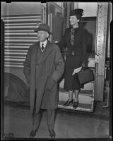 Diplomat Sir Herbert Marler and his wife Beatrice Marler arrive in California, Los Angeles, 1938
