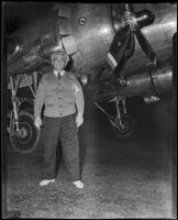 Isadore R. Edelstein, survivor of United Airlines crash at sea, Los Angeles, 1938