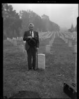 John Eaton, 92-year-old veteran, stands amongst the tombstones of Civil War soldiers, Los Angeles, 1938