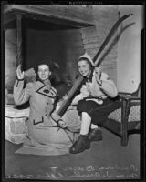 Barbara Boeher and Maude Behse model with skis, Los Angeles, 1938