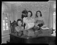 Judy Cunningham, Margaret Cunningham, and Jane Cooper Wallington at charity party, Santa Monica, 1938