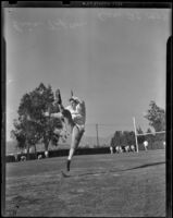 Eric Tipton of the Duke Blue Devils demonstrates a kick, Pasadena, 1938
