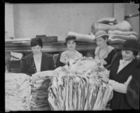 Assistance League members at the new thrift shop, Los Angeles, 1933