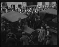 Crowd gathers outside the Los Angeles County courthouse to catch a glimpse of accused murder Louise Peete, Los Angeles, 1921