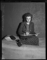Artist Ione Robinson sketching, Los Angeles, 1925-1932