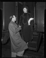 John Monk Saunders and Fay Wray at a train station, Los Angles, 1930