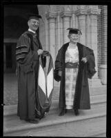 Rufus B. von KleinSmid bestowing doctoral hood upon Madam Ernestine Schumann-Heink, Los Angeles, 1922
