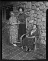 Ida McGroarty, Harriet Chips and Lillian D. B. Wheeler at Mc Groarty's home, Tujunga, 1935