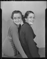 Mary Moore and Patricia Reilly of USC during Homecoming preparations, Los Angeles, 1935