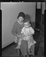 Upton Sinclair Marshaw with his mother, Marie Marshaw, Los Angeles, 1935