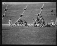 Football game between the UCLA Bruins and the University of Oregon Webfoots at the Coliseum, Los Angeles, 1931