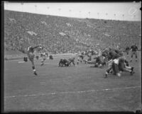 Football game between the USC Trojans and Notre Dame Fighting Irish at the Coliseum, Los Angeles, 1934