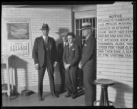 William Edward Hickman in custody with Deputy Sheriff Claude Peters, Assistant Jailer Roy Bogle and Jailer Frank Dewar, Los Angeles, 1928