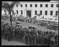 Crowds outside the Hall of Justice where William Edward Hickman was tried for kidnap and murder, Los Angeles, 1927-1928