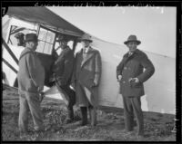 Reporters Carlton Williams, Jackson Berger, William Phillips and other before their flight to Oregon to cover the William Edward Hickman extradition, Los Angeles, 1927