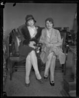 Helen Seelye and Ina Branson, prosecution witnesses in the Hickman kidnapping and murder trial, Los Angeles, 1928