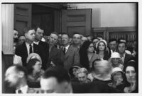 Spectators in the courtroom during the embezzlement trial of Liberty A. Hill, Los Angeles, 1932