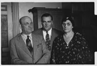 Three unidentified people involved in the trial of Liberty A. Hill, convicted embezzler, Los Angeles, 1932