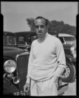 Al Jolson in a golf course parking lot, 1933-1939