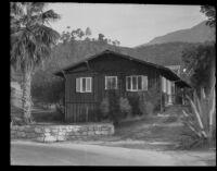 Building at La Vina Sanatorium, Altadena, probably 1911-1935