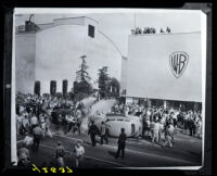 Warner Bros. Studio during the Conference of Studio Unions strike, Los Angeles, 1945