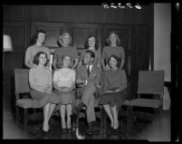 William Holden and 7 Rose Princesses, Pasadena, 1950