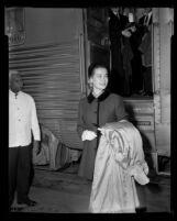 Grace Kelly, Santa Fe Depot, Pasadena, 1956