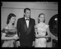 Jean Simmons, Gregory Peck, and Grace Kelly, Golden Globe Awards, Los Angeles, 1956