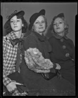 Witness Virginia O'Brien, plaintiff Rubey Baco,n and witness Francess Shortell come to their aunt's aid in her divorce, Los Angeles, 1935