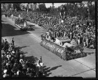 """Queen Elizabeth"" float at Tournament of Roses Parade, Pasadena, California, 1936"
