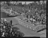 """Benjamin Franklin"" and ""Pioneer Memorial"" floats at the Tournament of Roses Parade, Pasadena, 1936"