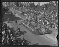 "San Francoisco's ""History in the Making"" float at the Tournament of Roses Parade, Pasadena, 1936"