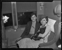 Mrs. Edna Jacobs and Elaine Barrie aboard a train, Los Angeles, 1936