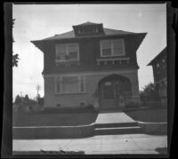 House belonging to the Brown family on Magnolia Avenue, Los Angeles