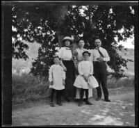 Frances West, Mary West, Hattie Cline, Elizabeth West and Wilfrid M. Cline pose under a tree, Lancaster vicinity, about 1912