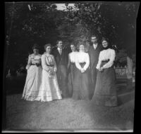 Mertie Whitaker poses with a group, Fresno, 1901