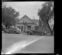 Aage V. Berg's home, viewed from the opposite side of the street, San Jacinto, 1942