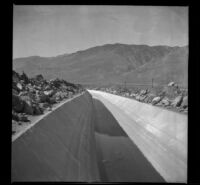 Los Angeles Aqueduct approaching the mountains, Independence vicinity, about 1915