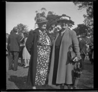 Leta French and Laura Bell Gibson at the Iowa Picnic in Lincoln Park, Los Angeles, 1940