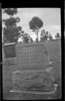Gravestone of Daniel and Lucy Mead, Los Angeles, 1939
