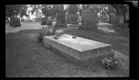 Close-up view of Thornton Chase's tomb in Inglewood Cemetery, Los Angeles, 1946